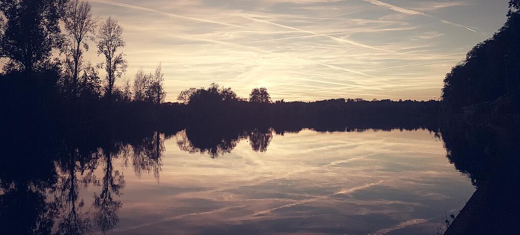Wandern in Mülheim: Von der Marina über den Kahlenberg zum Witthausbusch